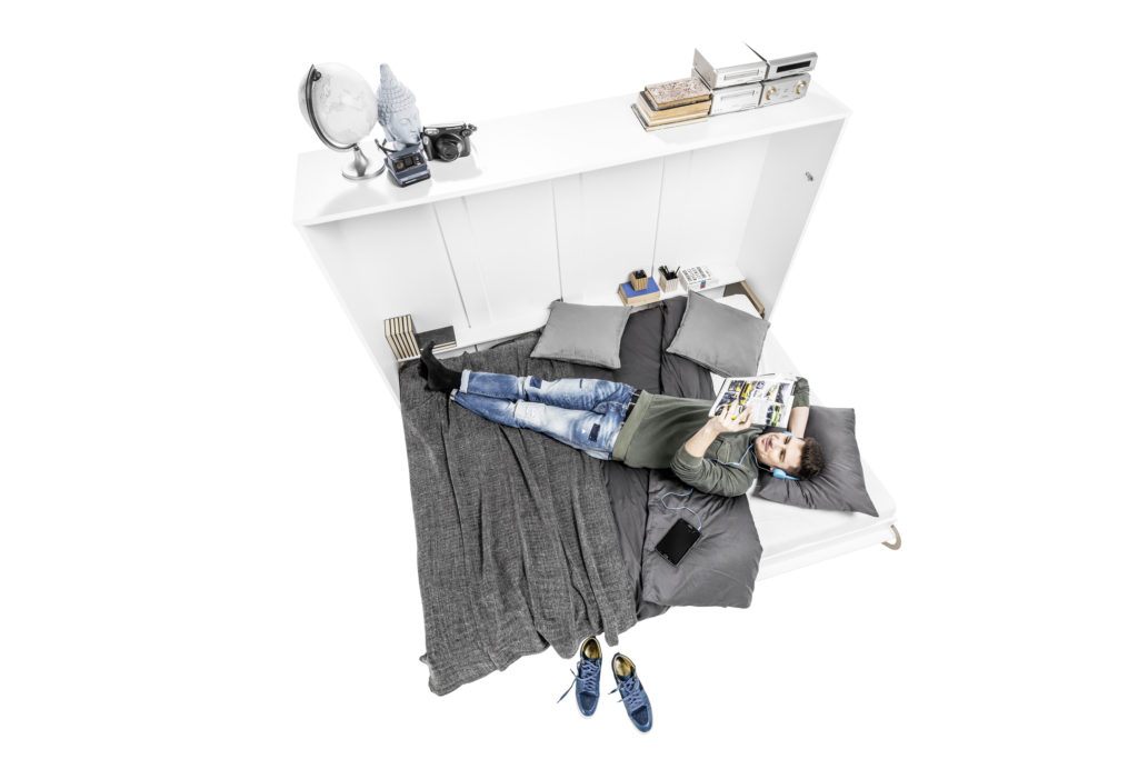 Smart seng for barn
