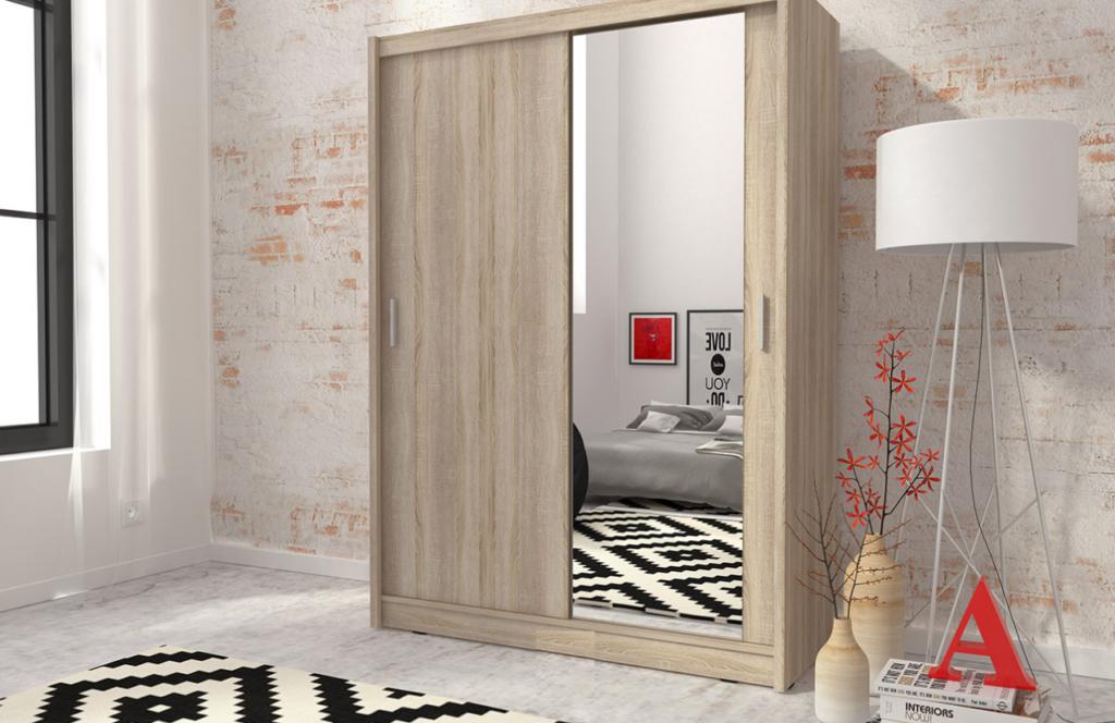 garderobe med speil